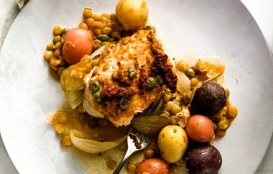 Red Pesto Salmon with Potatoes and Lentils
